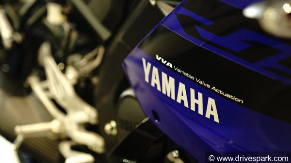 Yamaha YZF-R15 V3.0 Top Features You Should Know: New Design, Engine, Slipper Clutch & MoreYamaha YZF-R15 V3.0 Top Features You Should Know: New Design, Engine, Slipper Clutch & More