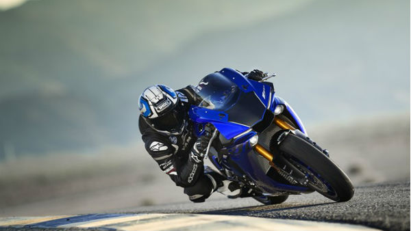 2018 Yamaha R1 Price Reduced By Rs 2.57 Lakh