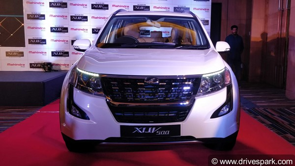 New 2018 Mahindra Xuv500 Launched In India Prices Start At Rs 12 32