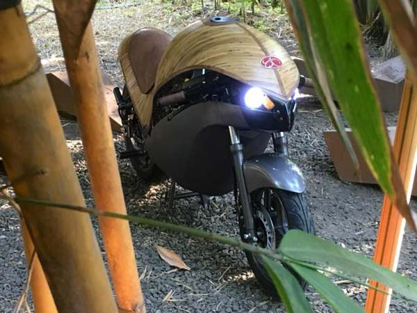 Banatti Green Falcon Is An Electric Motorcycle Made With Bamboo