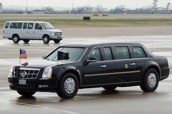 Russian President, Vladimir Putin's New Limousine — Is The Russian Presidential Limo Better Than Trump's?