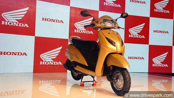 Honda Activa 5G Vs Hero Maestro Edge Comparison: Design, Specifications, Features, Price & Mileage