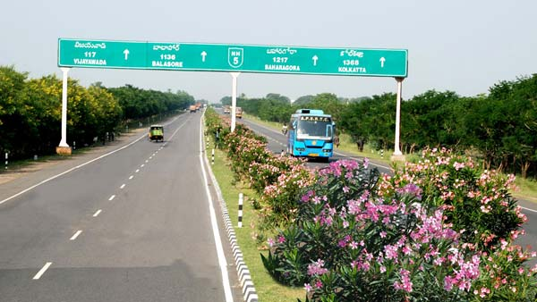 Express Highway Speed Limit In India Raised — New Speed Limit For Car Stands At 120km/h