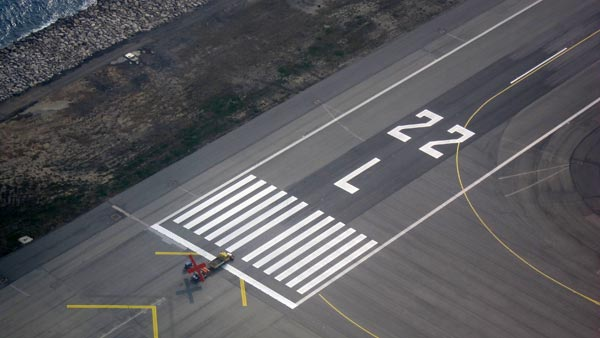 The Numbers On Airport Runways: What Do They Mean? How Do Runways Get Their Numbers?