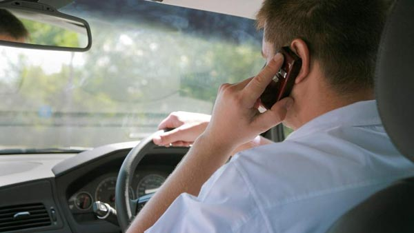 No Fine For Using Phone While Driving In Kerala; No Legal Provisions Against Such Acts In The State