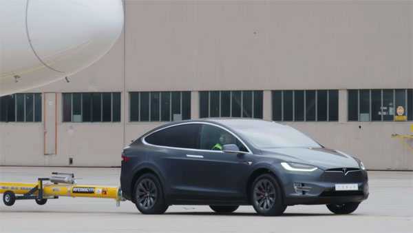 Tesla Model X Pulls A Plane — Makes New Guinness World Record For The Heaviest Tow By An EV