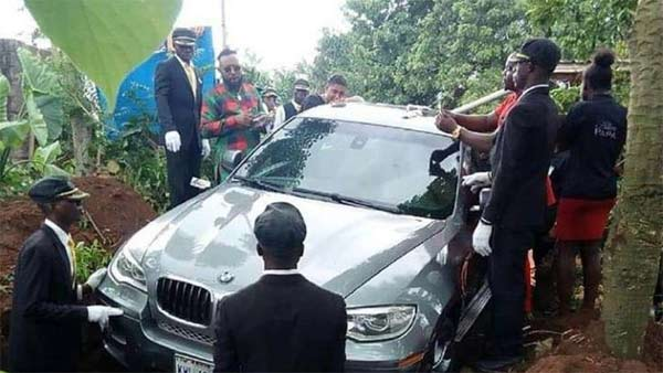 Son Uses BMW X6 As Coffin To Bury Father In Nigeria