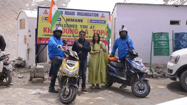 Okinawa Praise Becomes The First Electric Two-Wheeler To Complete A Successful Trip to Leh