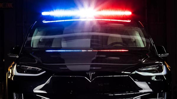 Swiss Police Replace Old Diesel Cars With Tesla Model X SUV