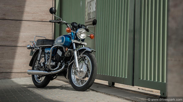 Yamaha RD350: History, Details, Specifications & More About The