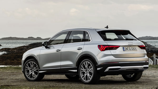 new second generation audi q3 unveiled expected to be launched in india soon drivespark news. Black Bedroom Furniture Sets. Home Design Ideas