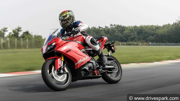 TVS Apache RR310 Aftermarket Exhaust System By Akrapovic; Power Output Increased By 2.4BHP