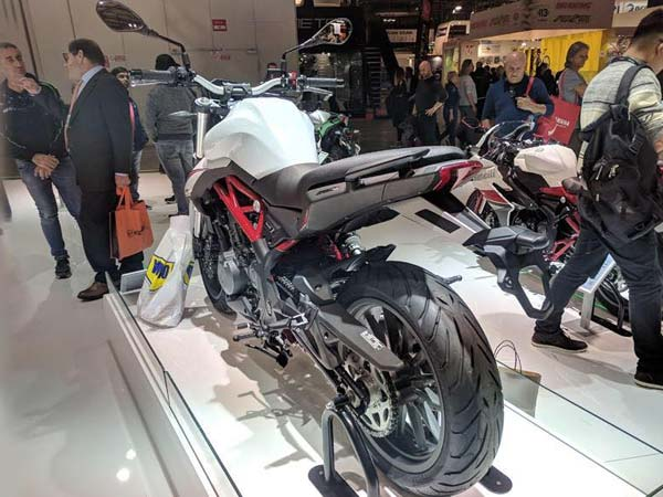 Benelli TNT 302S India Launch Soon - To Replace TNT 300