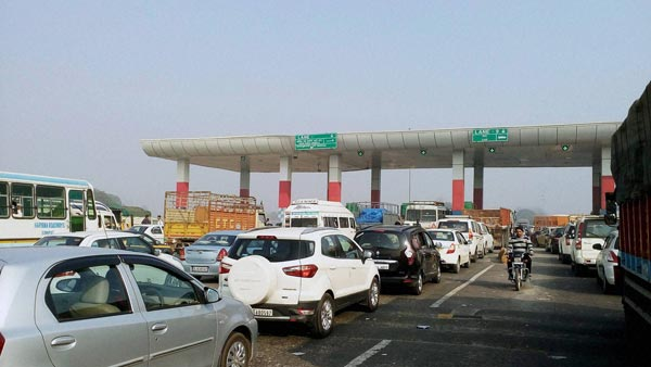 Madras High Court Orders NHAI To Construct Separate Lanes For VIPs & Judges At Toll Plazas Across The Country