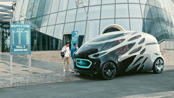 Mercedes Vision Urbanetic Autonomous Electric Van Concept — Shape-Shifting Monster, Literally