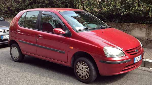 Tata Motors Pays Rs 4.6 Lakh As Faulty Service Compensation To Indica Owner, After His Death!