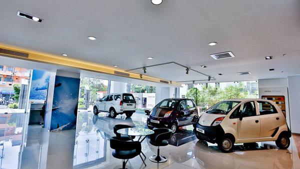 Tata Motors Dealer Scam - Sold Old Car As New - DriveSpark News