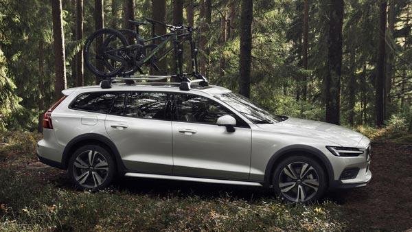 New 2019 Volvo V60 Cross Country Unveiled; Specifications, Features, Images & More