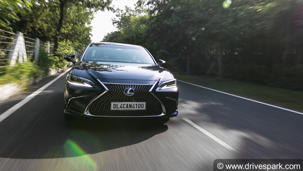 2018 Lexus ES 300h Review — Designed To Impress