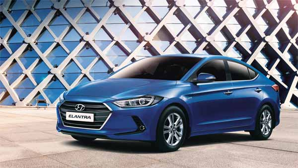 New Hyundai Elantra Spy Pics: Launch Expected In First Half Of 2019