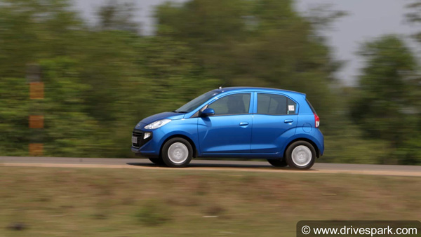 New Hyundai Santro Bookings Cross 38,500 Units Since Launch; Enquiries Over 2.11 Lakh
