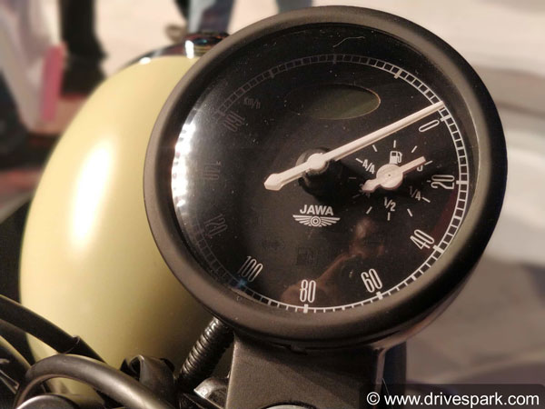 New Jawa 42: Top Speed, Power, Mileage, Fuel Capacity, Weight, Seat