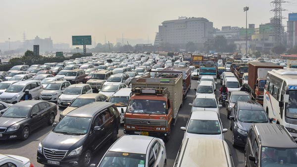 Ban On Registration Of New Vehicles In Bangalore To Curb Pollution & Congestion