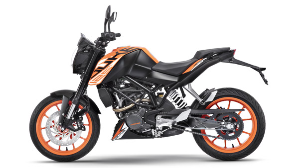 KTM Duke 125 Gets Rear Lift Protection As Standard — Certainly A First In The 125cc Segment