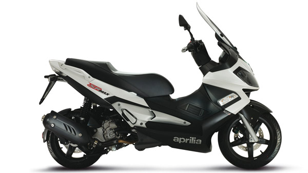 Aprilia SR Max 300 Automatic Scooter Spied In India — Will It Launch In India?