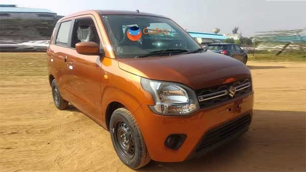 New Maruti Wagon R Spied Undisguised At Dealership: Price, Bookings & Delivery Details