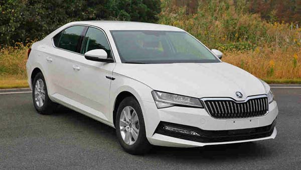 New Skoda Superb's Leaked Images Show Some 7 Series-Influence