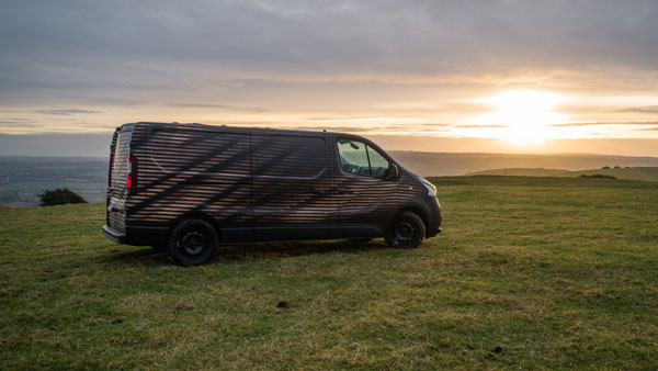 Nissan's NV300 Concept Is The Van Every Workaholic Traveller Needs To Have