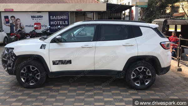 jeep compass trailhawk spy pics side view