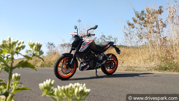 KTM 125 Duke First Ride Review — Is The Baby Duke Worth It?