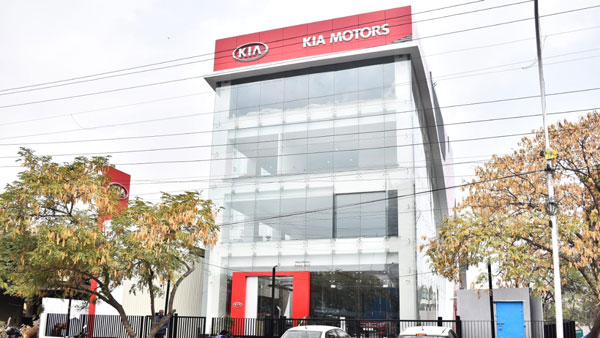Kia Motor Opens Its First Dealership In India — Showcases The Stinger And Rio Models