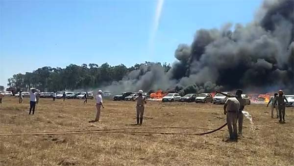 Bangalore Air Show 2019 Fire Accident; Nearly 300 Vehicles Burnt To Ashes — Watch The Video