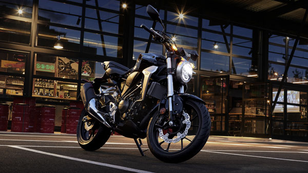 Honda CB 300R Launched At Rs 2.41 Lakh: Details, Models, price, Specs & Features