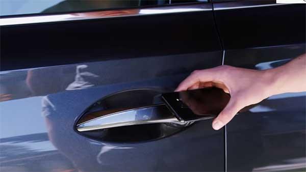 2020 Hyundai Sonata Gets Digital Key Entry — Swipe To Unlock