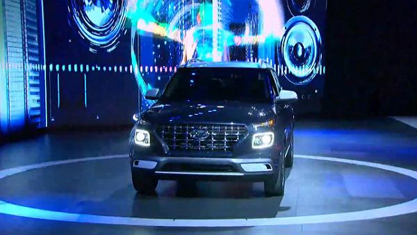 Hyundai Venue Unveiled — India Launch Next Month