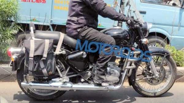 2020 Royal Enfield Classic Seen Testing