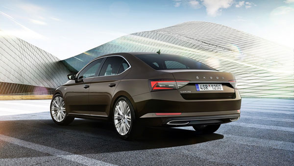 Skoda Unveils 2020 Superb