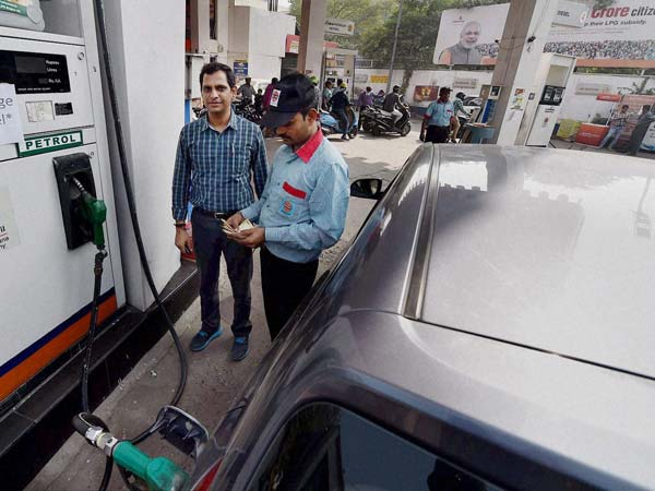 Ethanol Fuel Stations Coming Soon — Nitin Gadkari Ready To Talk With Petroleum Ministry