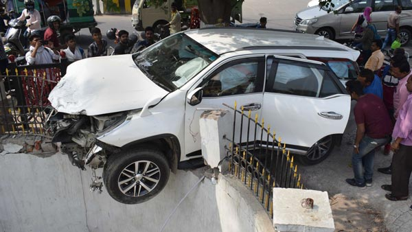 Government Seeks Rs 14,000 Crore To Identify Accident Zones & Plug Loopholes In Road Safety