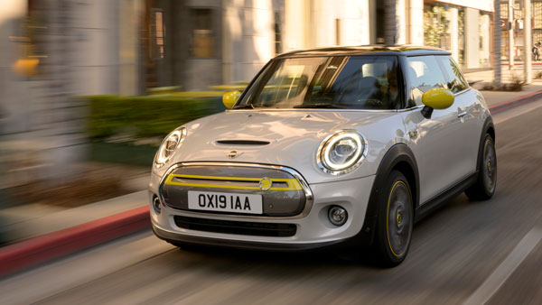Mini Cooper SE & Mini Rocketman Electric Cars Revealed — The Future Is Indeed Electric!