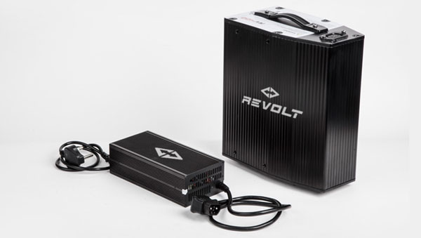Revolt RV400 Vs RV300: What Is The Difference?