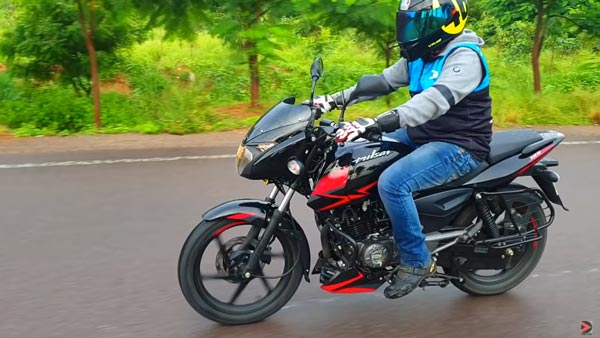 Bajaj Pulsar 125 Split Seat Prices Revealed: Costs Around Rs 83,400 Details