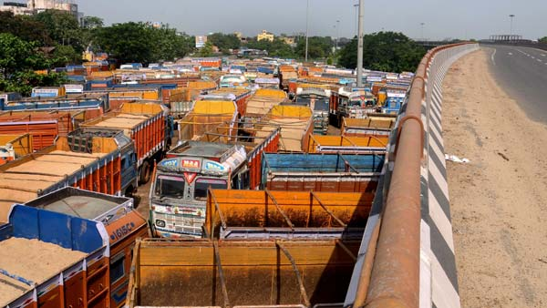Highest Traffic Fine In India Of Rs 1.41 Lakh Collected From Truck Driver In Delhi