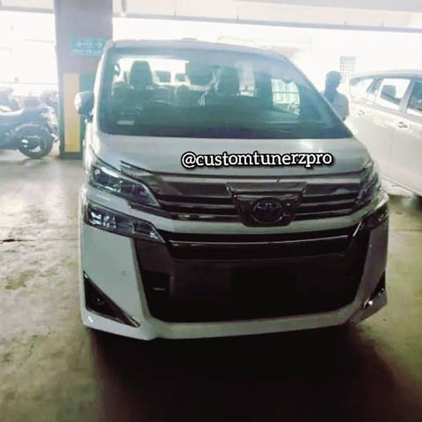Toyota Vellfire Premium MPV Arrives At Dealership Ahead Of Launch In India