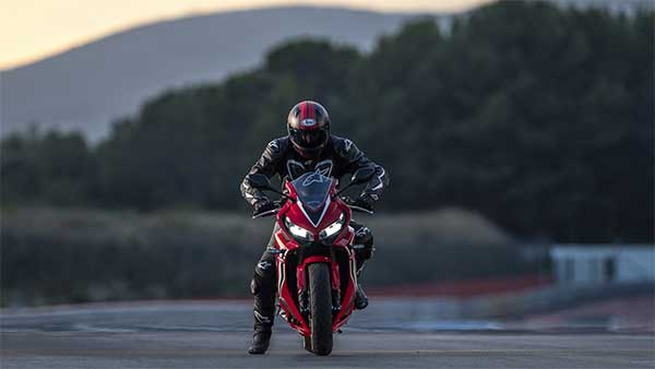 Honda CBR650R Sold Out In India: Bookings For The Motorcycle Put On Hold Temporarily