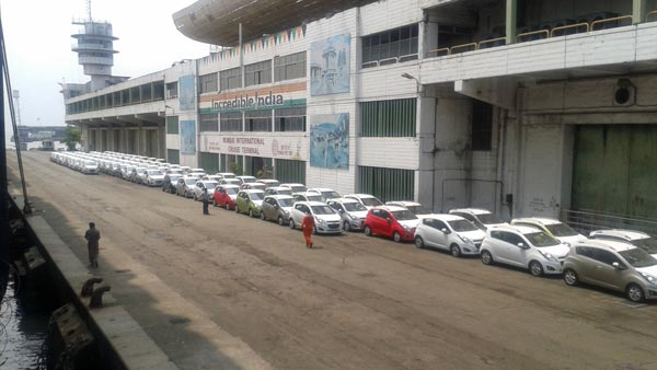 Car Sales Pick Up During Festive Season: Deliveries At Peak During Dhanteras